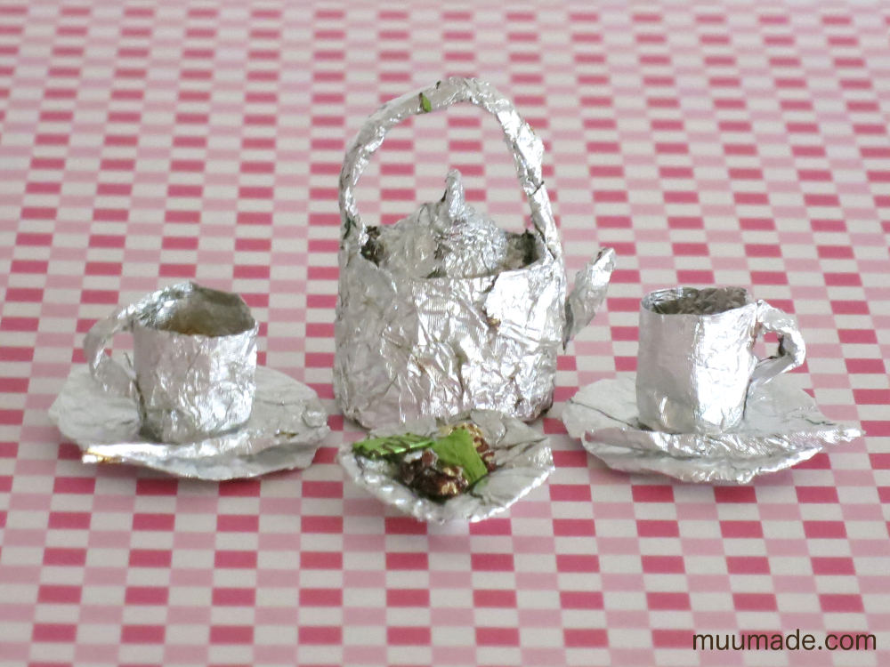Miniature foil art with chocolate wrappers