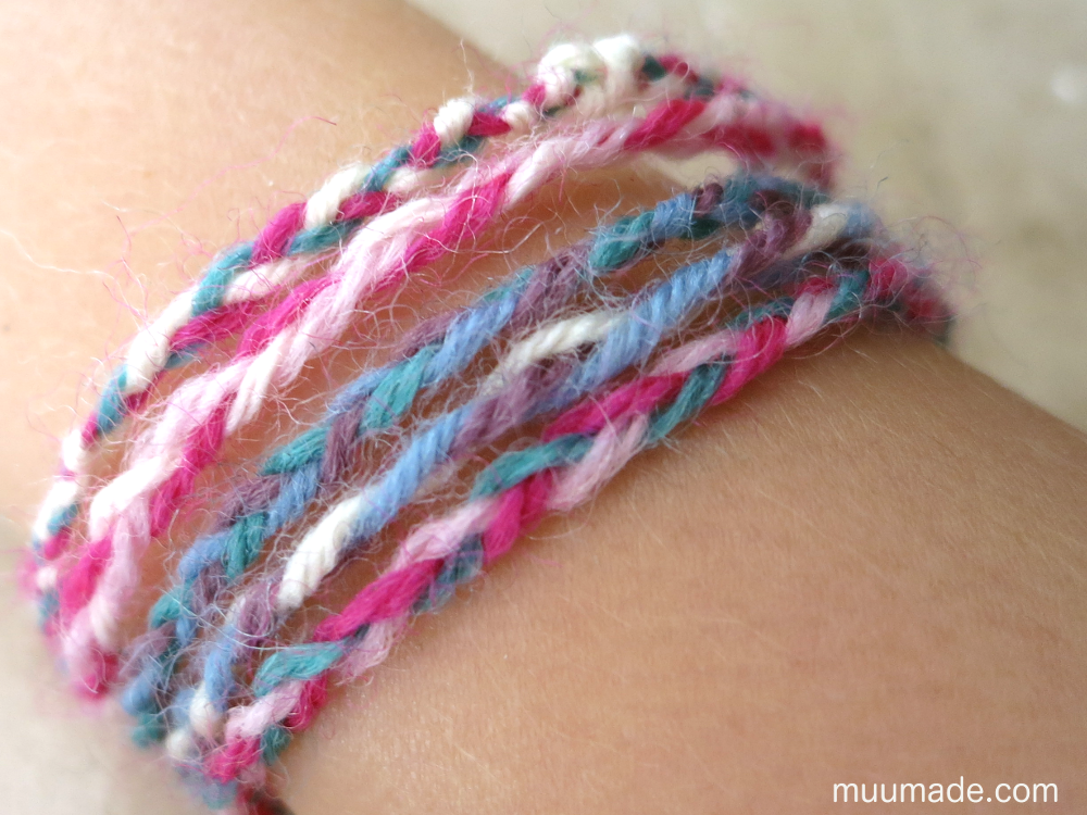 DIY eacy-to-make braided friendship bracelet