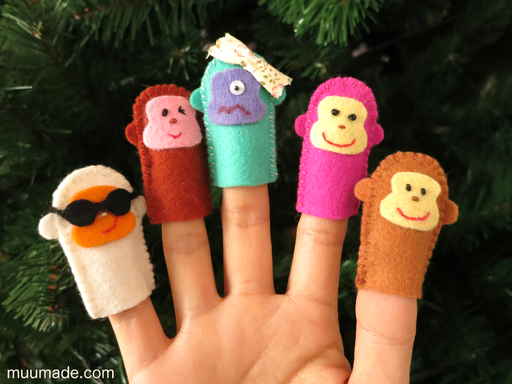 Monkey finger puppets