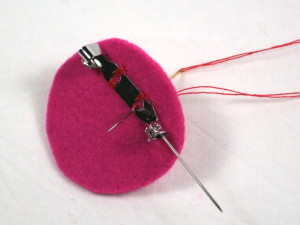 Free Tutorial: Needle Felted Flower Brooch - step 5
