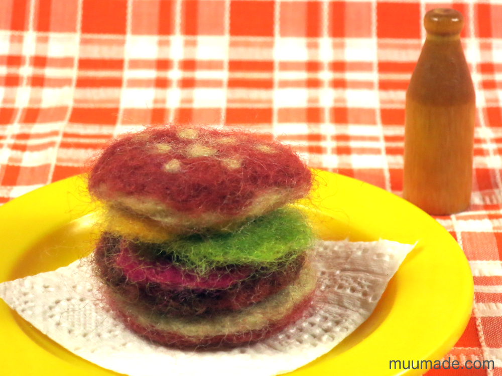 needle felted food - hamburger