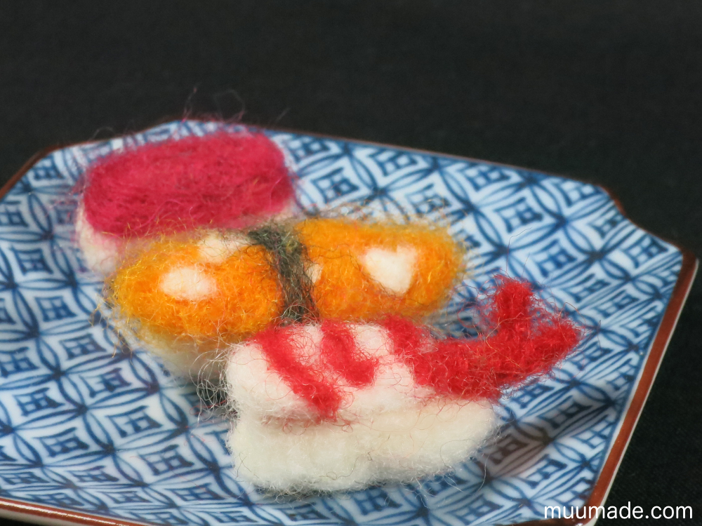 needle felted food - sushi