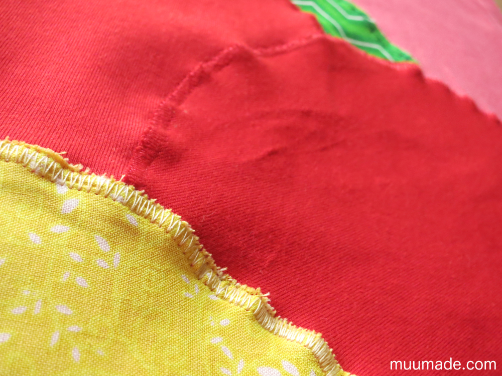 Designing your own applique for a T-shirt: zigzag stitching