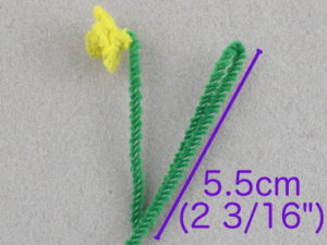 how to make a tiny daffodil flower from pipe cleaners