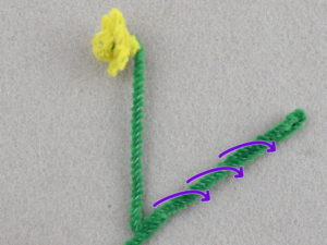 How to make tiny flowers from pipe cleaners